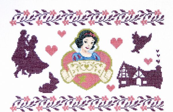 Disney Picture of Snow White Cross Stitch Kit